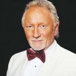Phil Coulter Salutes Celtic Thunder with Heartland